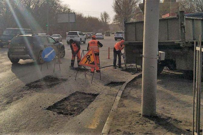 В Саратовской области отказались от термина «ямочный ремонт»
