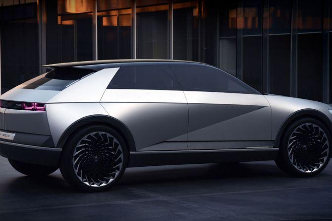 В 2021 году Hyundai начнет продавать в России электромобили. Первым будет доступен Hyundai 45