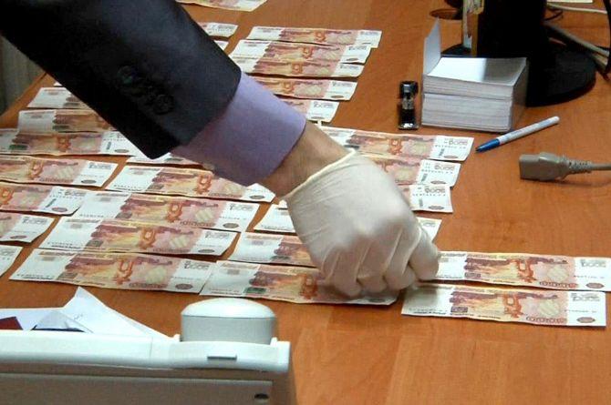 В Орске чиновнику светит уголовное дело из-за слишком тонкого асфальта