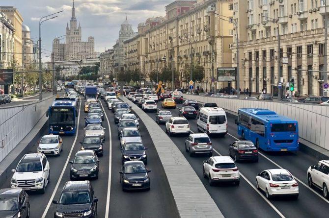 Дептранс Москвы - про народный каршеринг, самокаты и скоростной режим