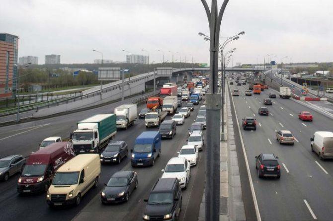 Кто испортил МКАД: в ЦОДД ищут ответственных за нанесение шумовой разметки на трассе