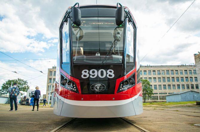 Беспилотные роботы-трамваи начали делать в Петербурге