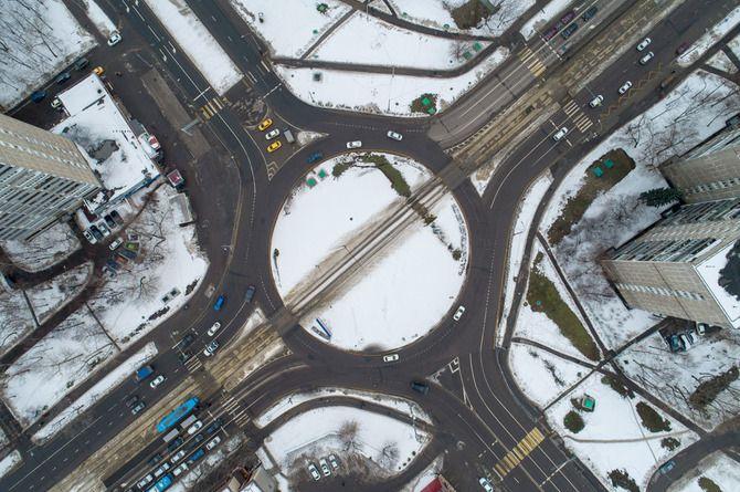 Турбокольцевой перекрёсток на «Пражской»: больше минусов, чем плюсов