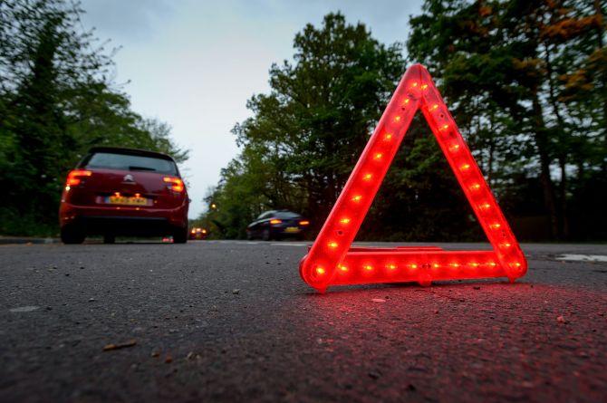 В Англии усовершенствовали предупреждающий треугольник