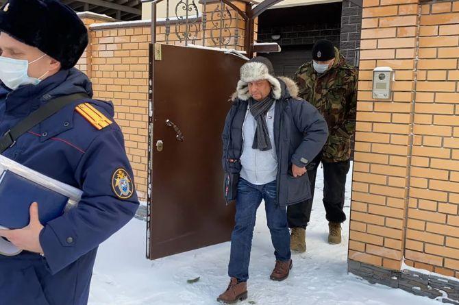 Главу новосибирского управления дорог задержали за взятку в 5 миллионов рублей